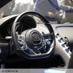 bugatti-chiron-inside